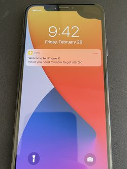Unlocked iPhone X - 64gb for Sale in Elgin,  IL