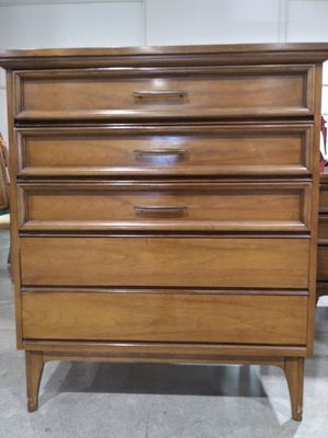 Mid century Dixie Dresser for Sale in San Jose, CA