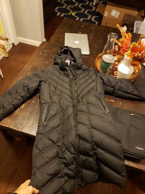 W/S Patagonia Down With It Parka Women's Small, Sleeve Patched for Sale in Shaker Heights, OH