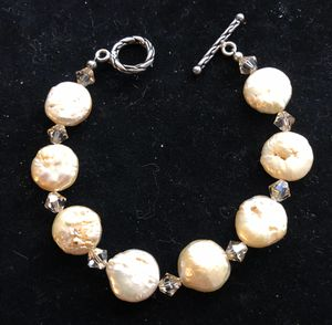 7 1/2 inch mother of pearl bracelet for Sale in Bothell, WA