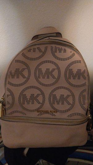 leather Michael kors backpack for Sale in Melbourne, FL