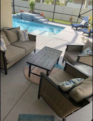 Patio set free delivery for Sale in West Palm Beach, FL