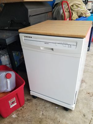 Maytag dishwasher for Sale in Bowie, MD
