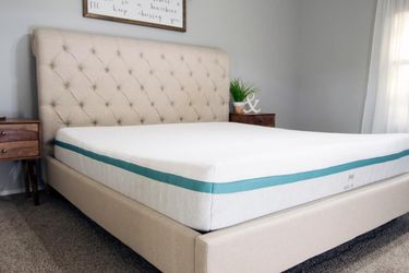 Helix Sunset King Mattress - MUST GO! for Sale in Columbia,  MD