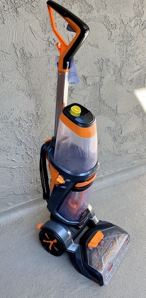 Bissell Rug Shampooer With Accessory Hose for Sale in Los Angeles, CA