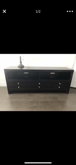 TV console for Sale in Miami, FL