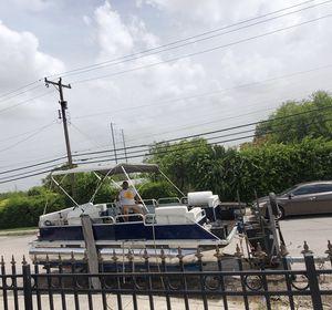 1999 Eagle pontoon boat* read below * for Sale in San Antonio, TX