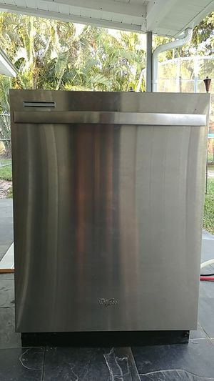 Dishwasher Whirlpool Gold for Sale in Lake Worth, FL