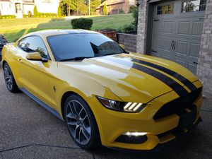 2015 Ford Mustang Ecoboost Premium for Sale in Arrington, TN