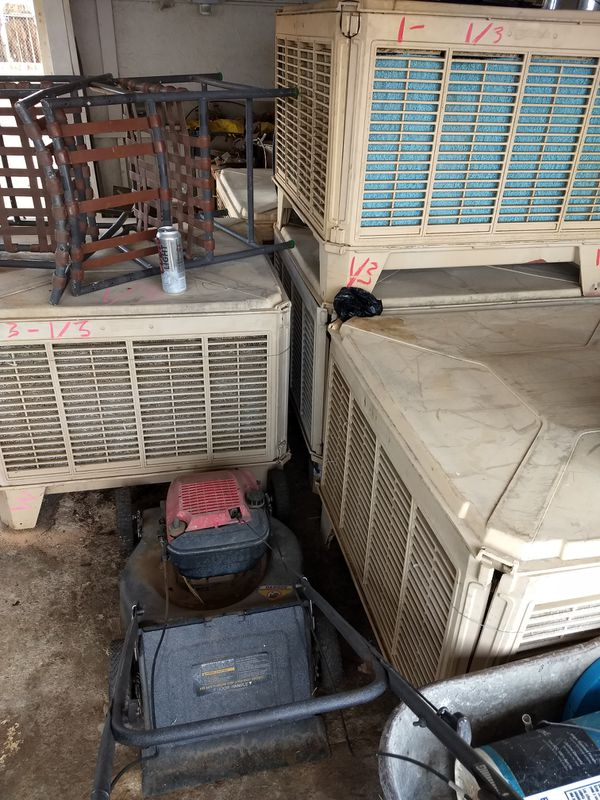 Evaporative cooler- Downdraft