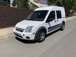 Selling my 2010 Ford transit connect XLT model van for Sale in Moreno Valley, CA