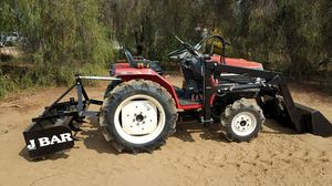 4x4diesel farm tractor w/new loader for Sale in Perris, CA