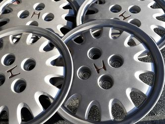 Honda Hubcaps for Sale in Spring Valley,  CA