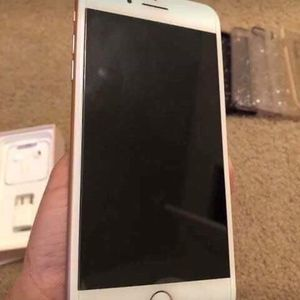 iPhone 8 Plus for Sale in New York, NY