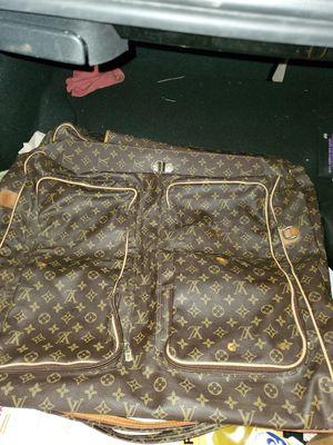 Louis Vuitton garment bag for Sale in Miramar, FL