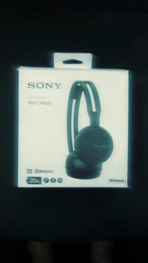 Sony Bluetooth headphones 20 h for Sale in Smyrna, TN