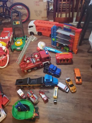 A lot of toys. Good CONDITIONS. 40 dlls x ALL. for Sale in Houston, TX