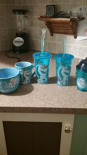 Olaf drink cups for Sale in Mount Dora, FL