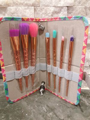 Makeup Brushes Set of 7 for Sale in Rowlett, TX