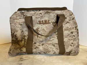 USMC US CAMO CAMOUFLAGE DUFFLE KIT BAG for Sale in Schaumburg, IL