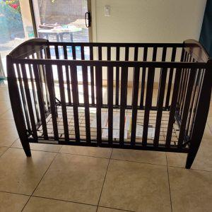 Baby Crib With Mattress for Sale in Phoenix, AZ
