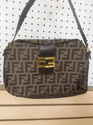 FENDI GENTLELY USED BAG for Sale in Fort Mill, SC
