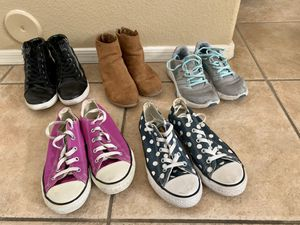 Lot of Girl's youth sz 3 Shoes for Sale in Peoria, AZ