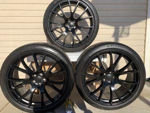 22 inch rims & tire for Sale in San Carlos, AZ