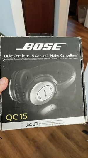 Bose qc15 headphones like new with all original accessories asking 80 hours for Sale in Chula Vista, CA