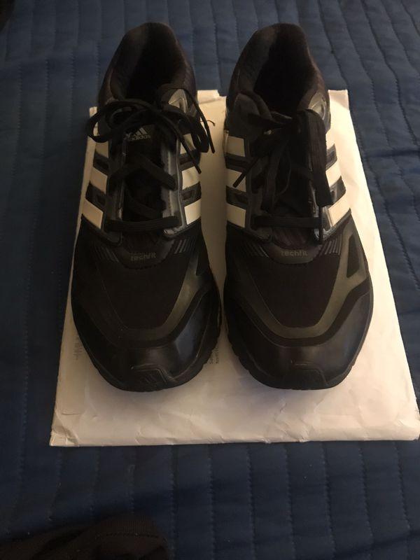 Men's Adidas Techfit tennis shoes, sz 8 1/2