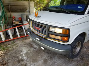 96 Chevrolet Chevy Express Van for Sale in Houston, TX
