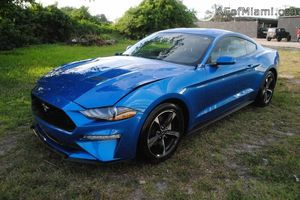 2019 Ford Mustang for Sale in Miami, FL