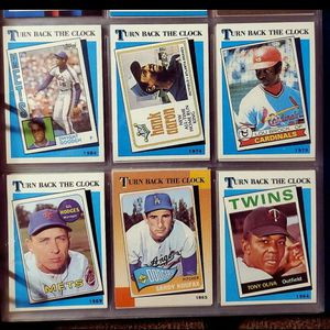 ☆TOPPS TURN BACK THE CLOCK BASEBALL CARD☆ for Sale in Columbus, OH