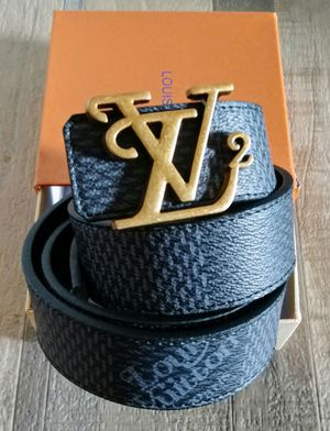 2020 Louis Vuitton belt for Sale in New Carrollton, MD