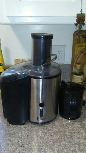 Elite Platinum 2 Speed Whole Fruit Juicer for Sale in Santa Monica, CA