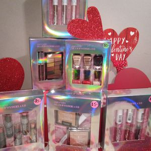 Wet n Wild Gift Sets For Valentine's Day $5.00 Each Day for Sale in Greenbelt, MD