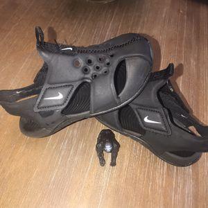 Nike Toddler Sandals for Sale in Visalia, CA