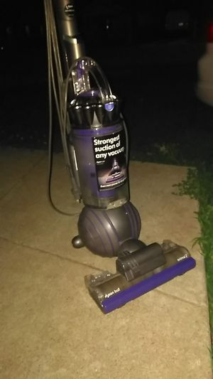 Dyson vaccuum for Sale in Independence, MO
