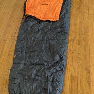 EUREKA! : Silver Canyon 30°F/-1°C Sleeping Bag [Size: Regular. Insulation: Premium] for Sale in Portland, OR