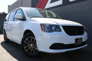 2016 Dodge Grand Caravan for Sale in Santa Ana, CA