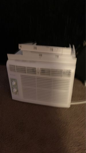 Functional Window AC for Sale in Troutdale, OR