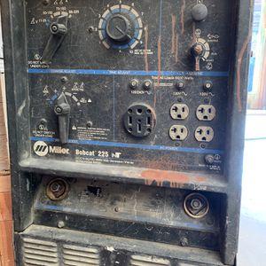 Miller Bobcat 225 Welder With Generator for Sale in Anaheim, CA