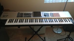 Roland Fantom X7 Keyboard Synthesizer for Sale in San Ramon, CA