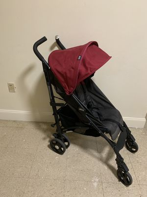 Chicco lightweight stroller for Sale in The Bronx, NY