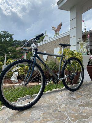 Trek 850 Mountain Bike for Sale in Clearwater, FL