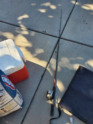 Wormgear fishing pole for Sale in Corona, CA