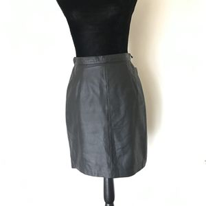 Vintage Nordstrom black leather pencil skirt for Sale in San Diego, CA