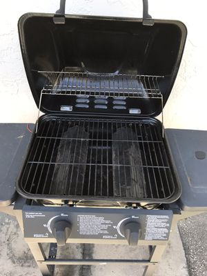 BBQ Backyard Classic 2-Burner Liquid Propane Gas Grill for Sale in Miami, FL