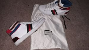 Gucci Sneakers size 9 for Sale in Zebulon, NC