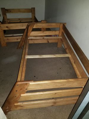 Twin&Full bunk bed for Sale in Fairfield, CA